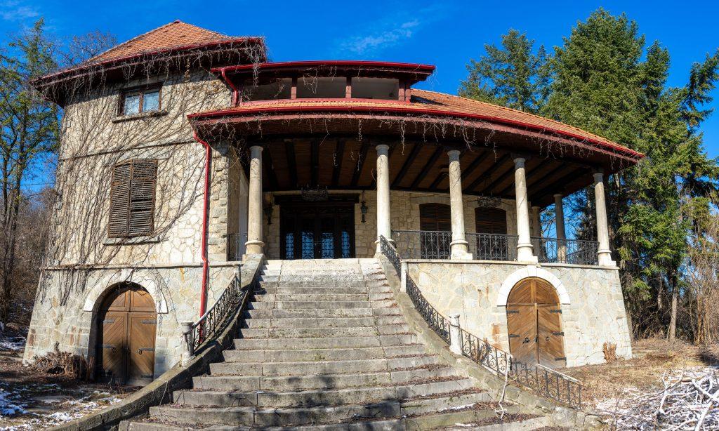 Conacul Matac din Valea Călugărească